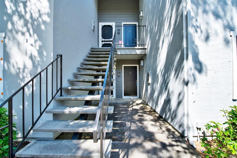 900 Cambridge Drive 113, Benicia, CA 94510