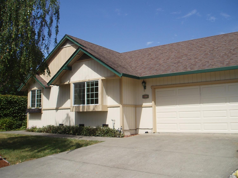 901 Wood Sorrel Drive, Petaluma, CA