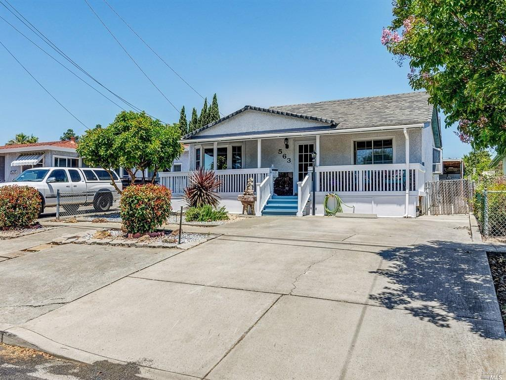563 E L Street, Benicia, CA 94510