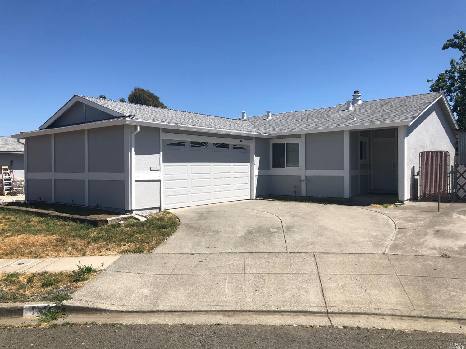 145 Donna Court Vallejo, California 94589, 3 Bedrooms Bedrooms, ,2 BathroomsBathrooms,Residential,For Sale,145 Donna,21916104