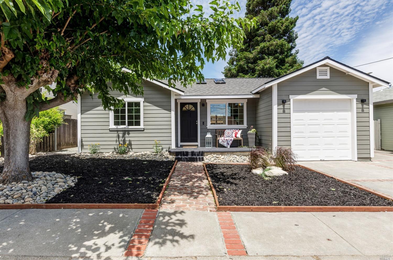 821 Wainwright Street, Benicia, CA 94510