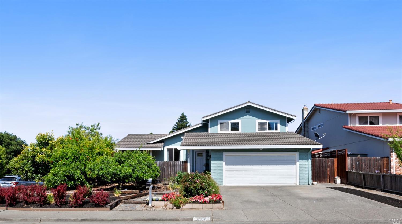 236 Ridgeview Drive, Petaluma, CA