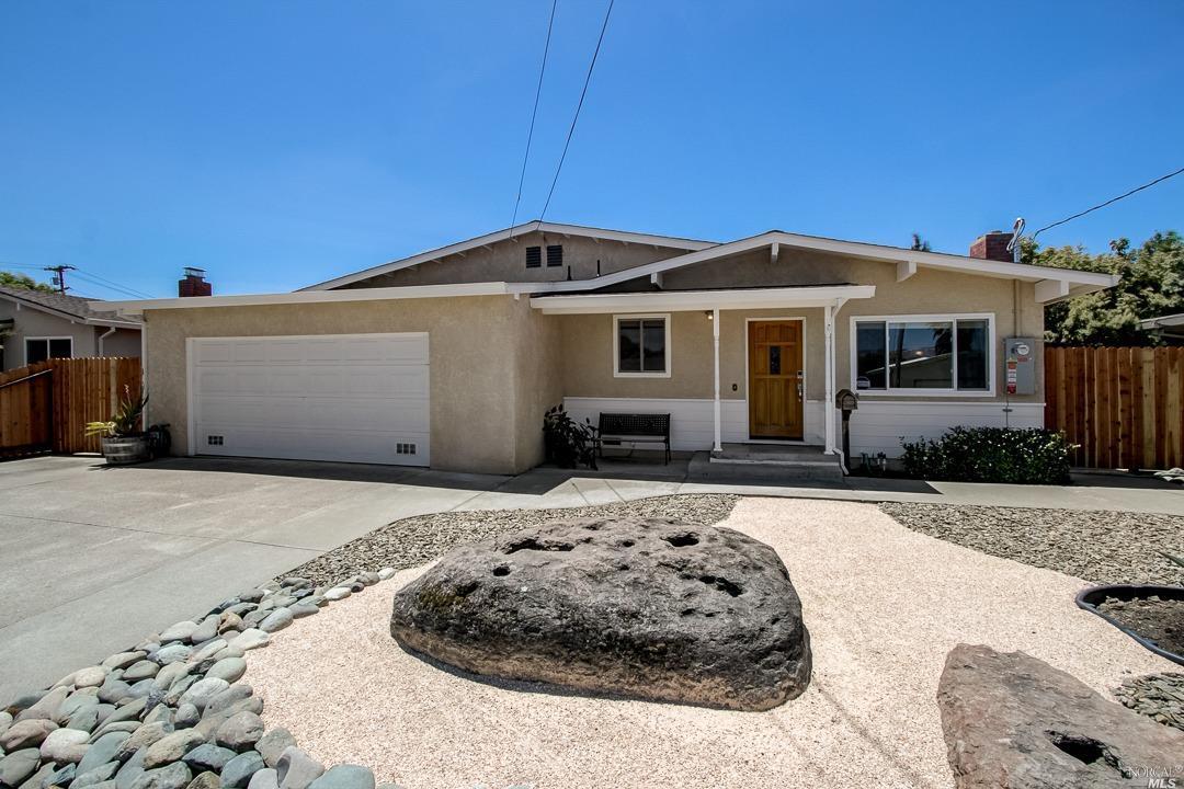 524 Adrienne Drive, Petaluma, CA