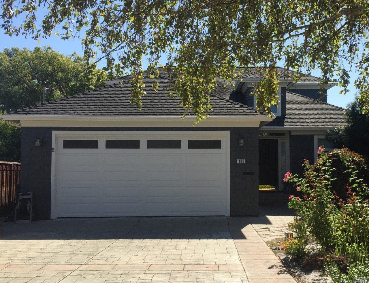 628 W J Street, Benicia, CA 94510