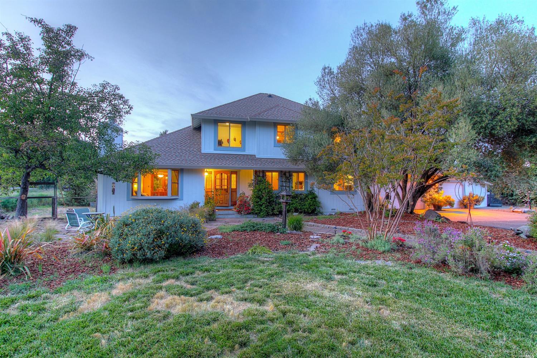 1731 Weiss Lane, Penngrove, CA