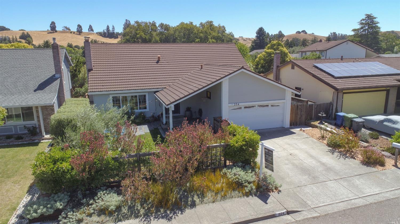 224 Ridgeview Drive, Petaluma, CA