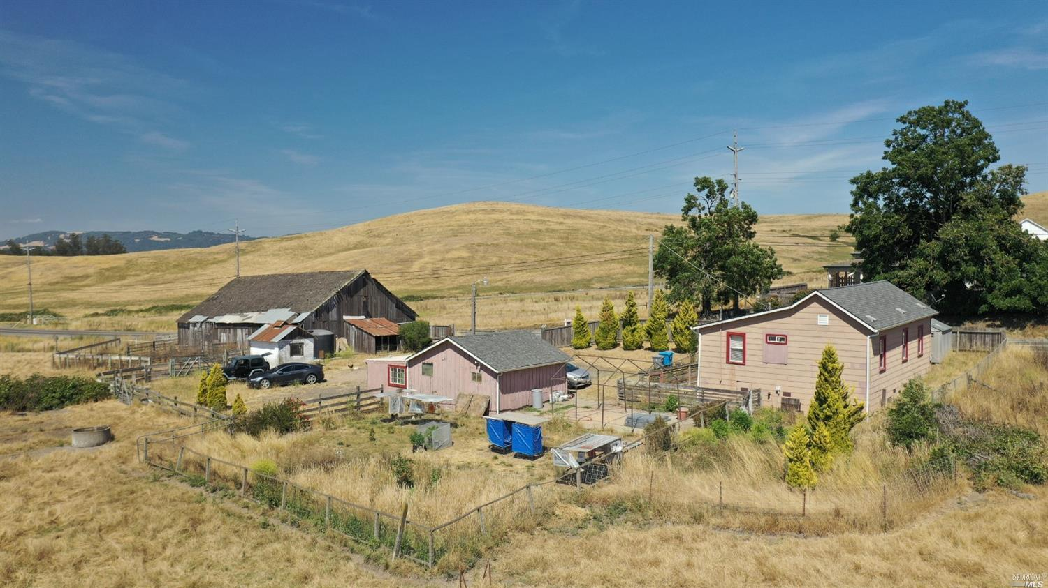 Photo of 2889 stony point Road, Petaluma, CA 94952