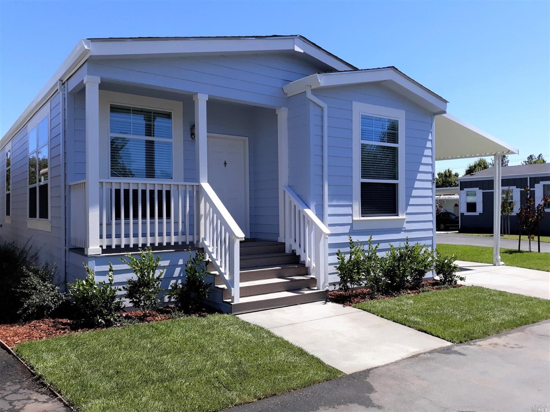 12 Oakwood Dr, Petaluma, CA, 94954