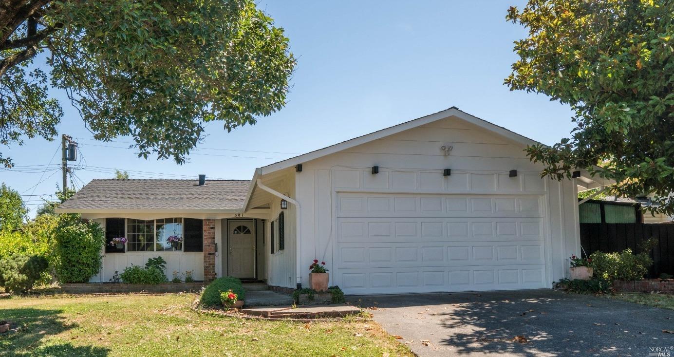 301 Alden Avenue, Rohnert Park, CA