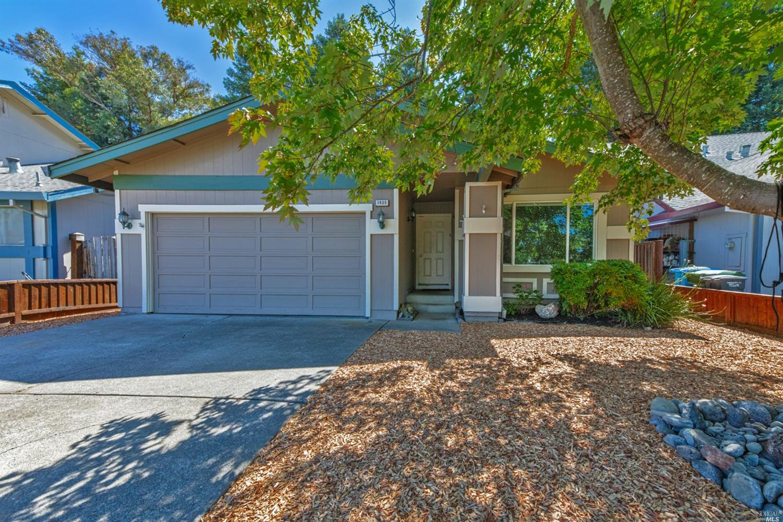 1425 Jasmine Circle, Rohnert Park, CA
