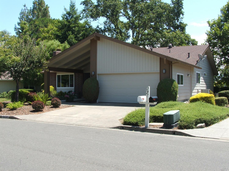 349 Twin Lakes Dr, Santa Rosa, CA, 95409