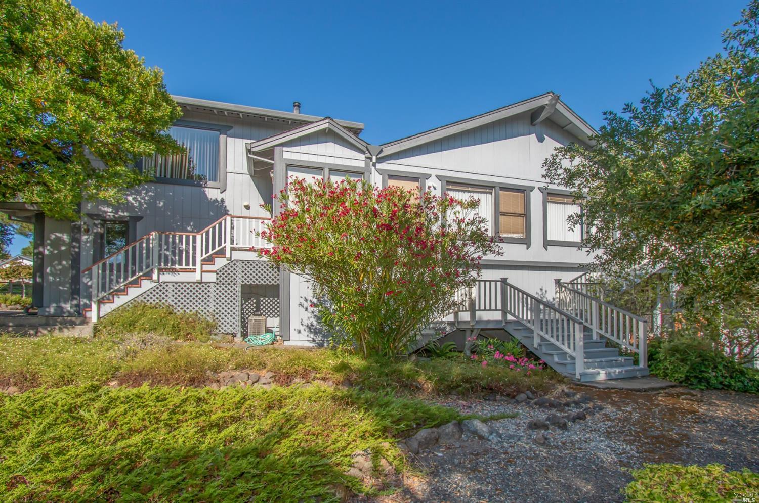 274 Fairview Court, Petaluma, CA
