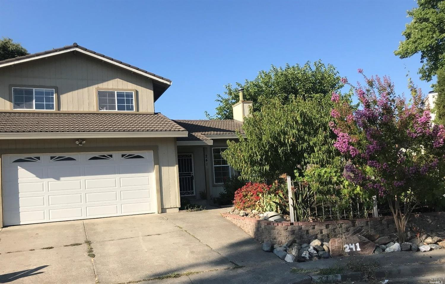 Photo of 241 Samantha Court, Windsor, CA 95492