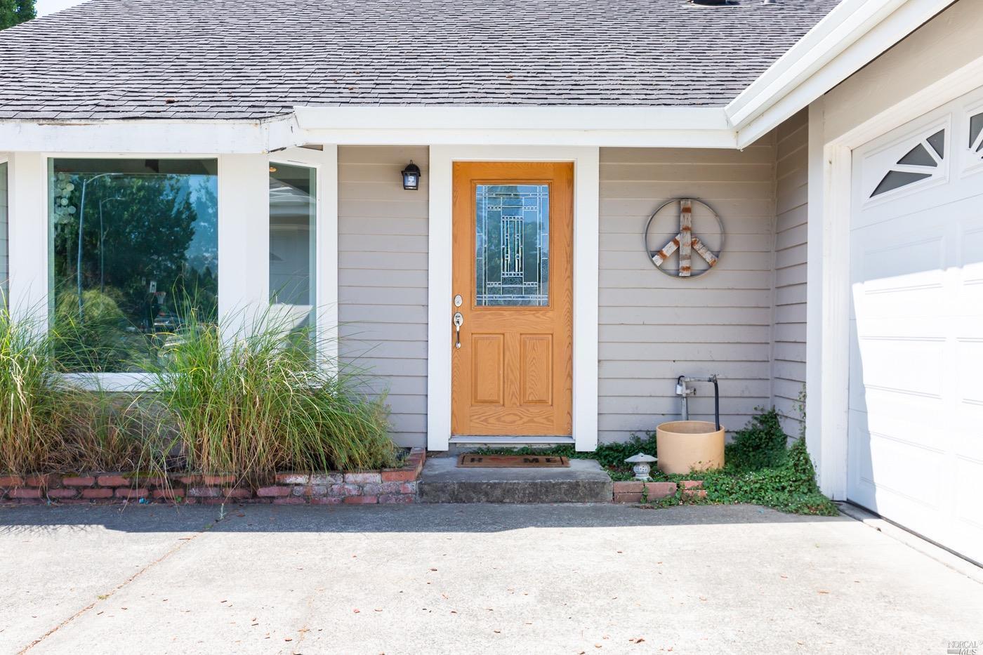 448 Casa Verde Circle, Petaluma, CA