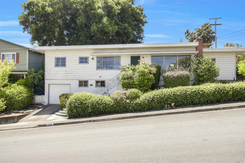868 Olive Street, Petaluma, CA