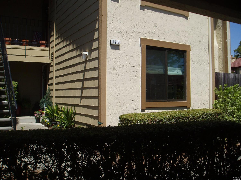 126 Park Place Drive, Petaluma, CA