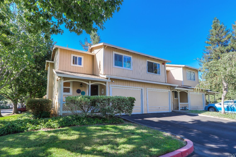 123 Acorn Drive, Petaluma, CA