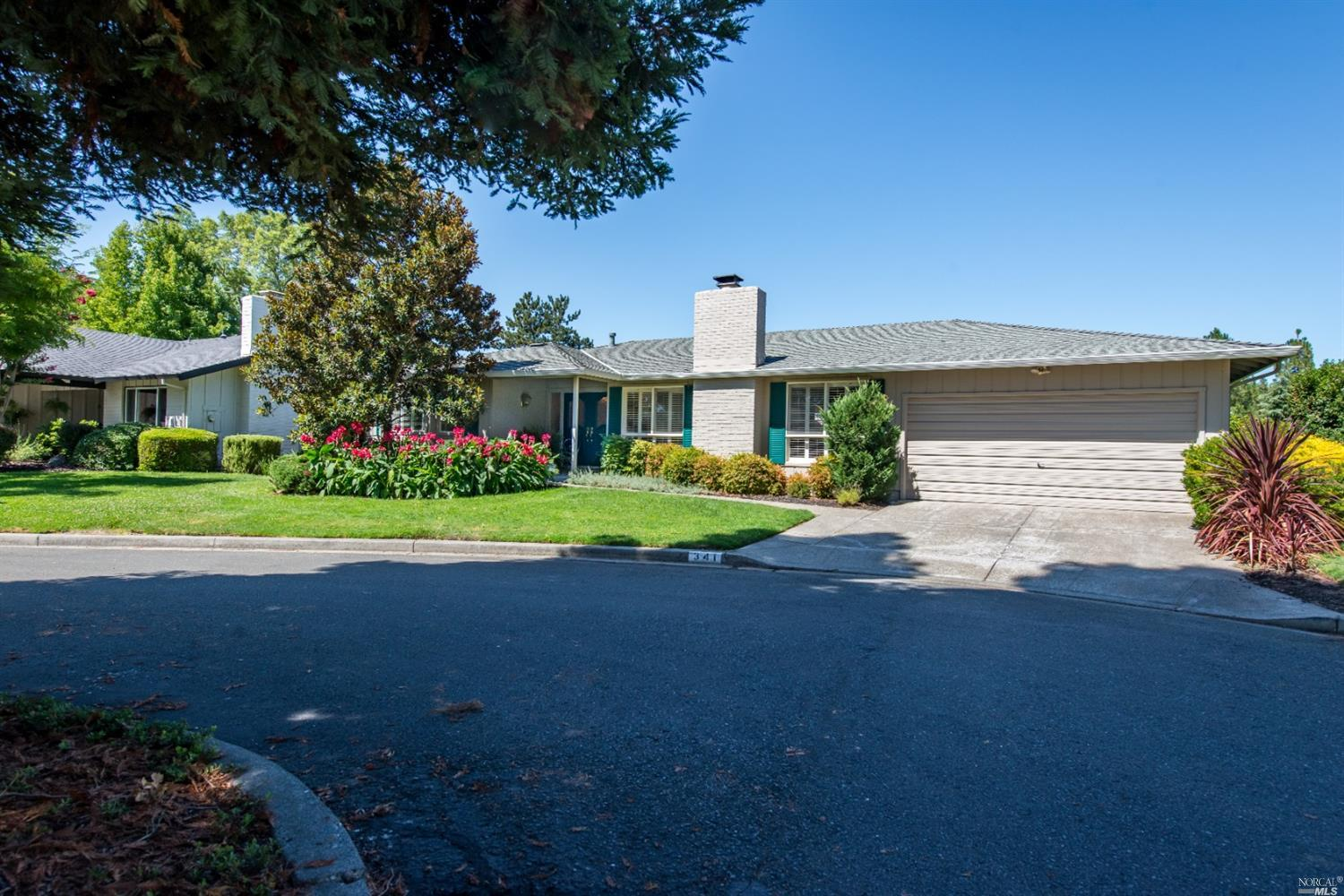 Photo of 341 Golf Court, Santa Rosa, CA 95409