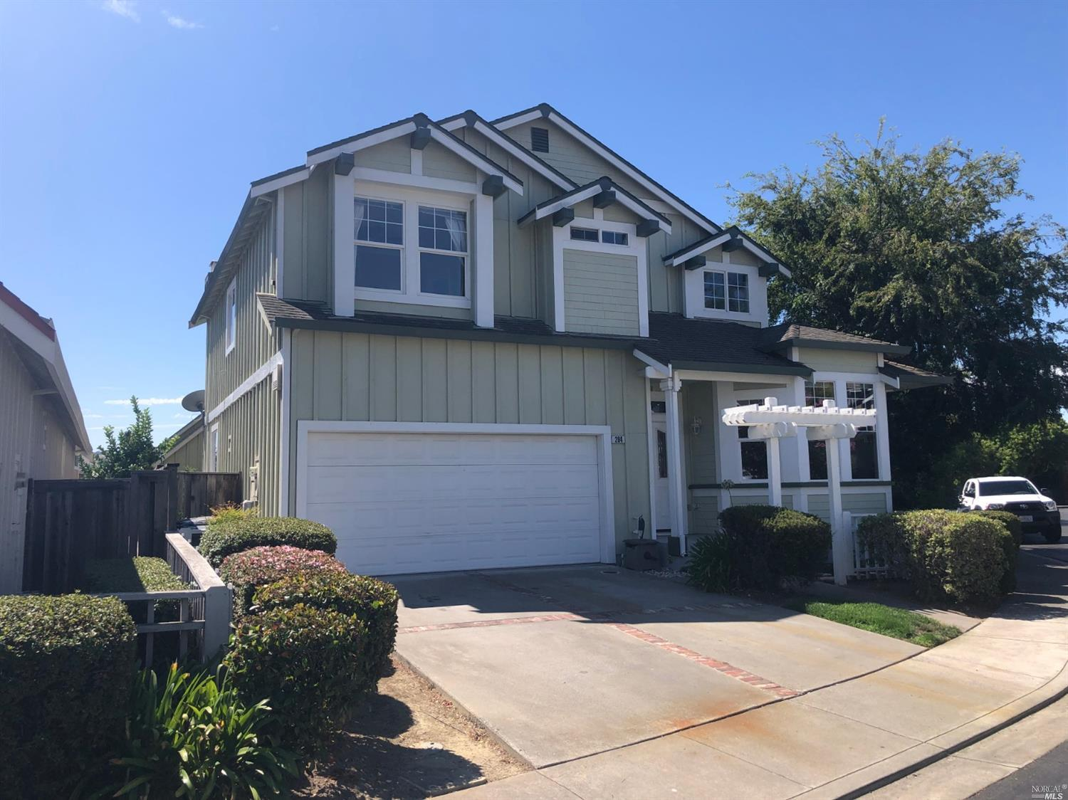 Photo of 284 CLIFF WALK Drive, Vallejo, CA 94591