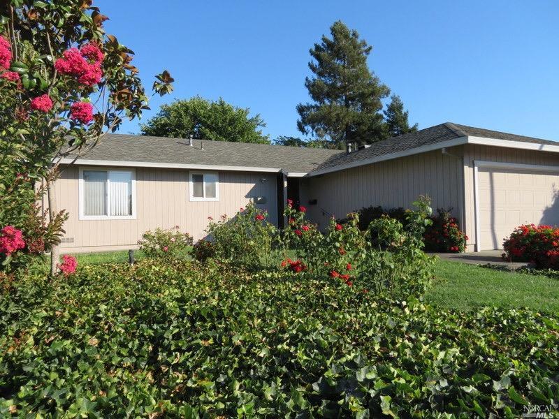 1608 Caulfield Lane, Petaluma, CA