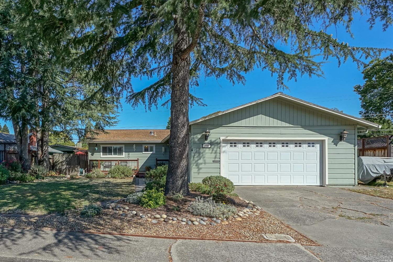 116 Adele Avenue, Rohnert Park, CA