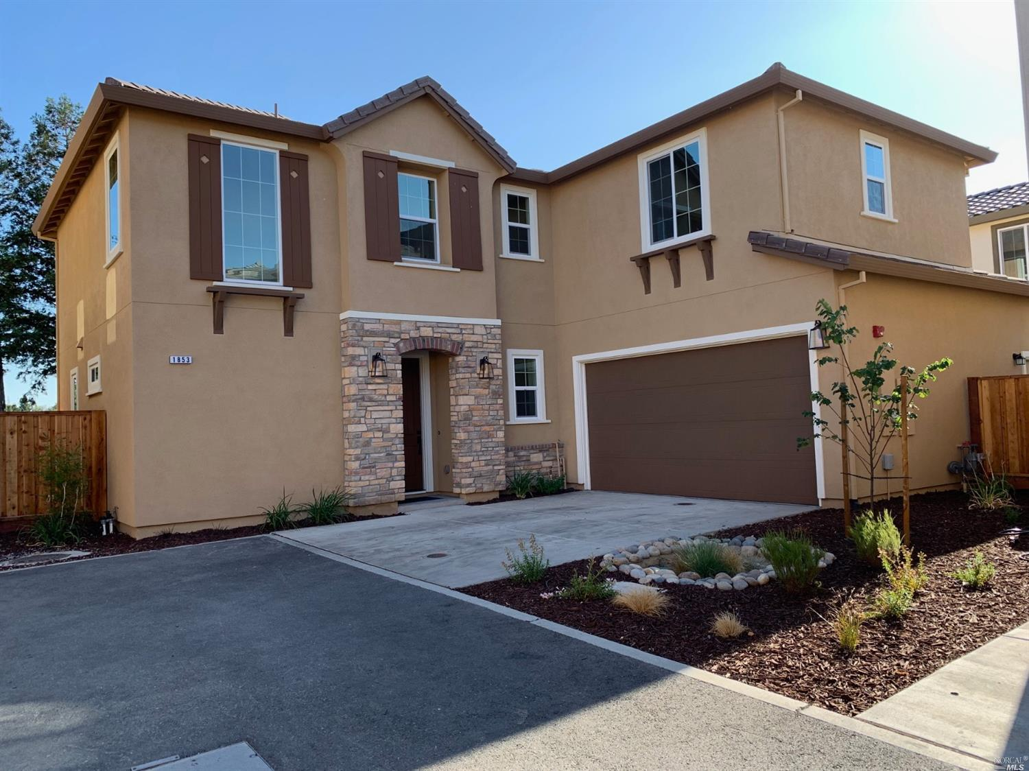 1853 Kelly Place, Rohnert Park, CA