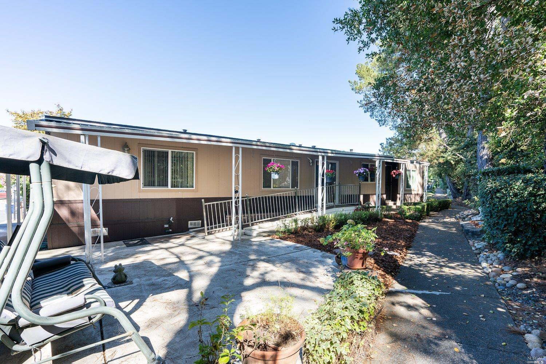 379 Circulo Lacruz, Rohnert Park, CA, 94928