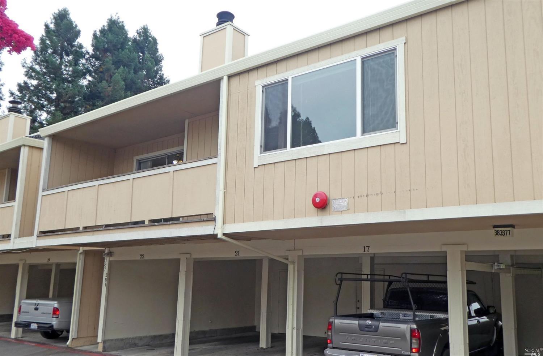 381 Enterprise Dr, Rohnert Park, CA, 94928