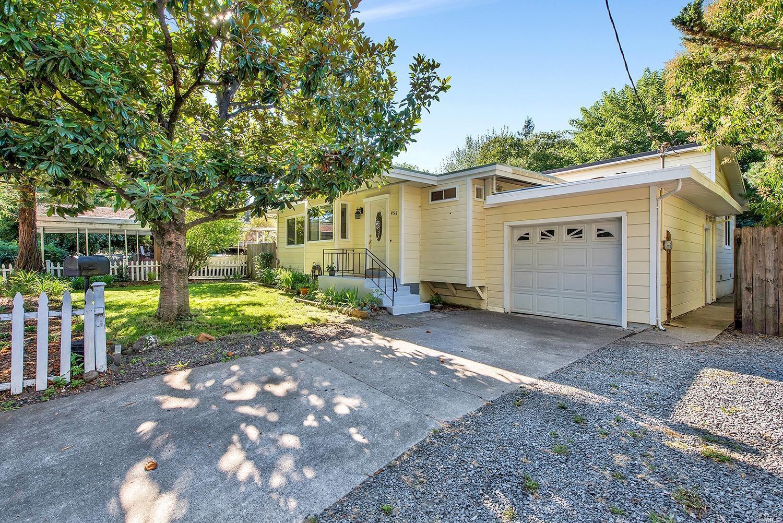 455 West Sierra Avenue, Cotati, CA