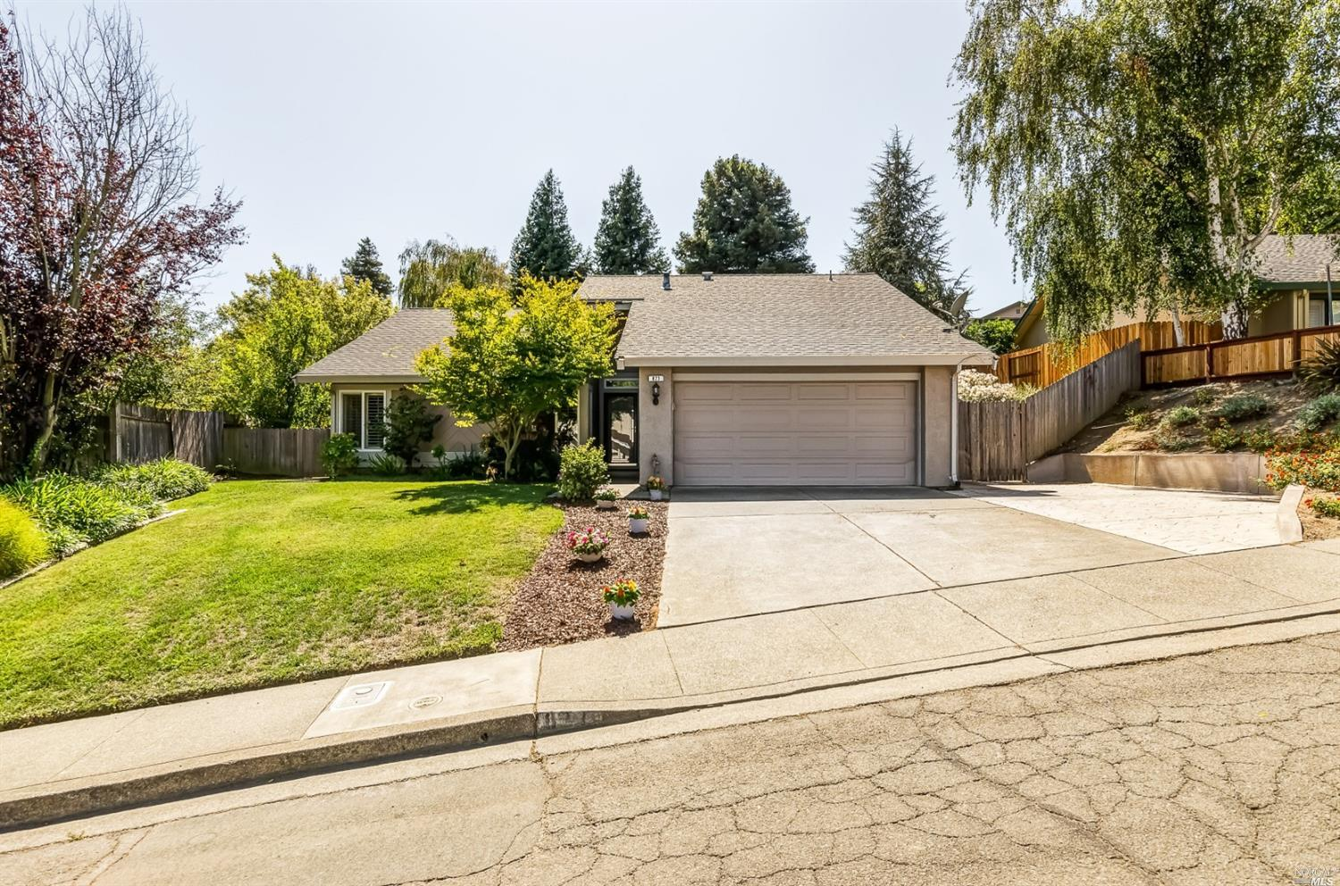 877 Channing Circle, Benicia, CA 94510