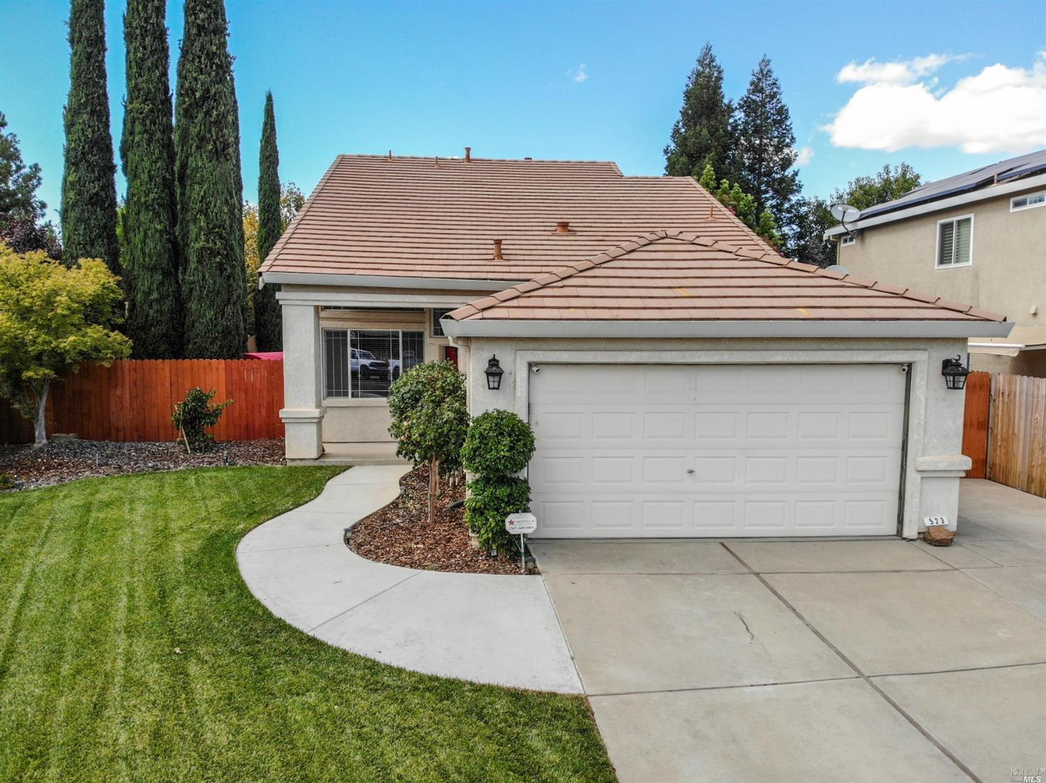 Photo of 523 Edenderry Drive, Vacaville, CA 95688