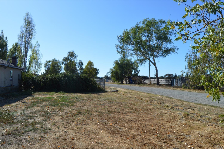 Photo of 1645 South Wright Road, Santa Rosa, CA 95407