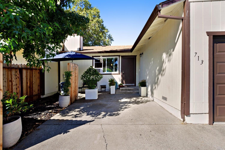 713 Blair Pl, Santa Rosa, CA, 95401