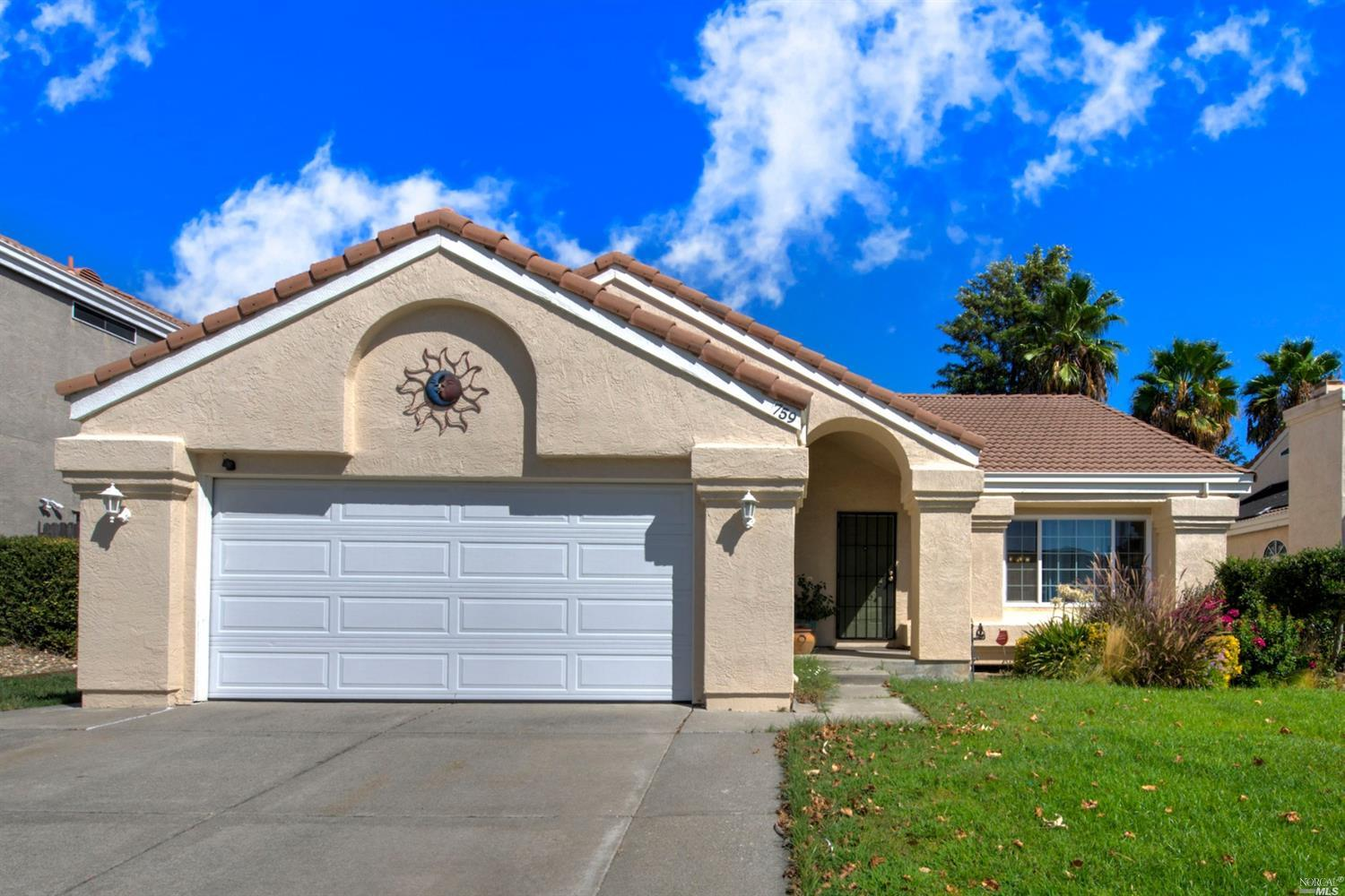 Photo of 759 Shannon Drive, Vacaville, CA 95688