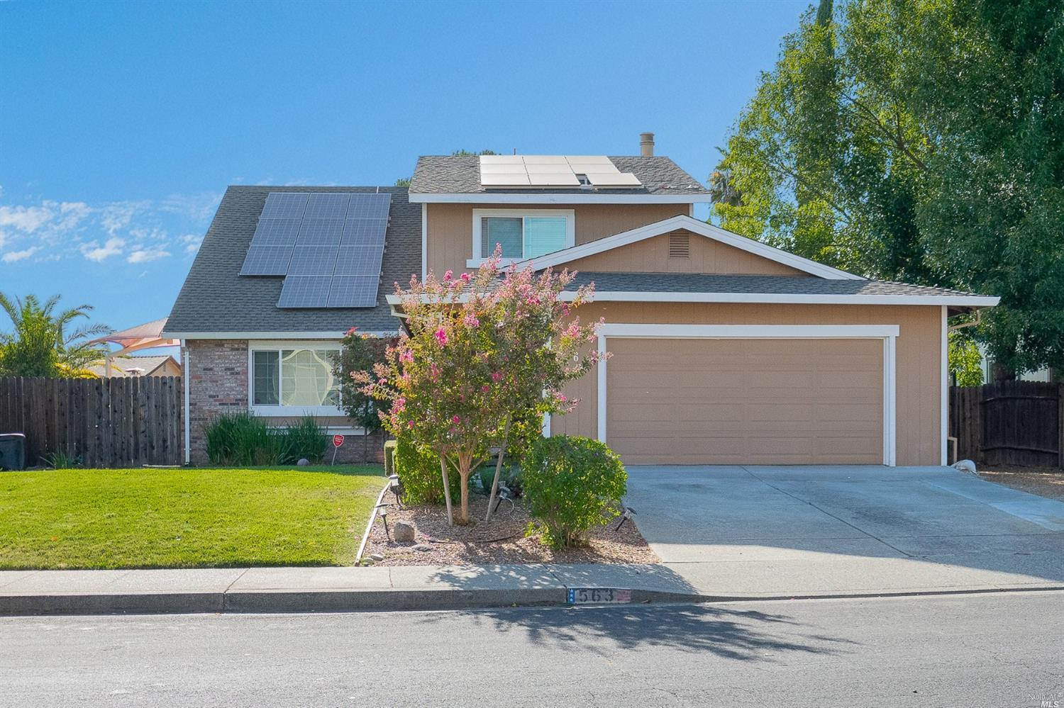 Photo of 563 Gregory Drive, Vacaville, CA 95687