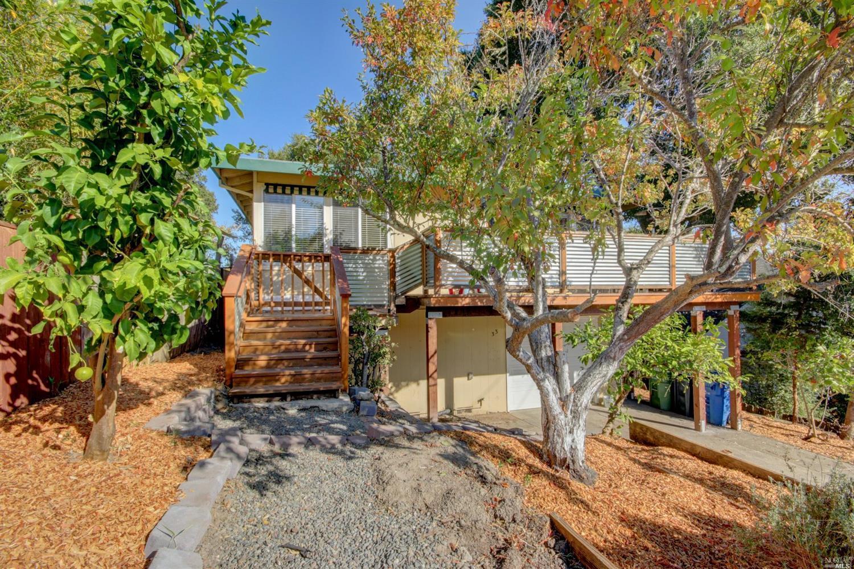 33 Fairview Terrace, Petaluma, CA