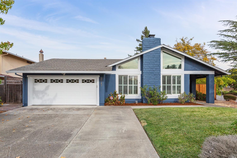 2047 Crinella Drive, Petaluma, CA
