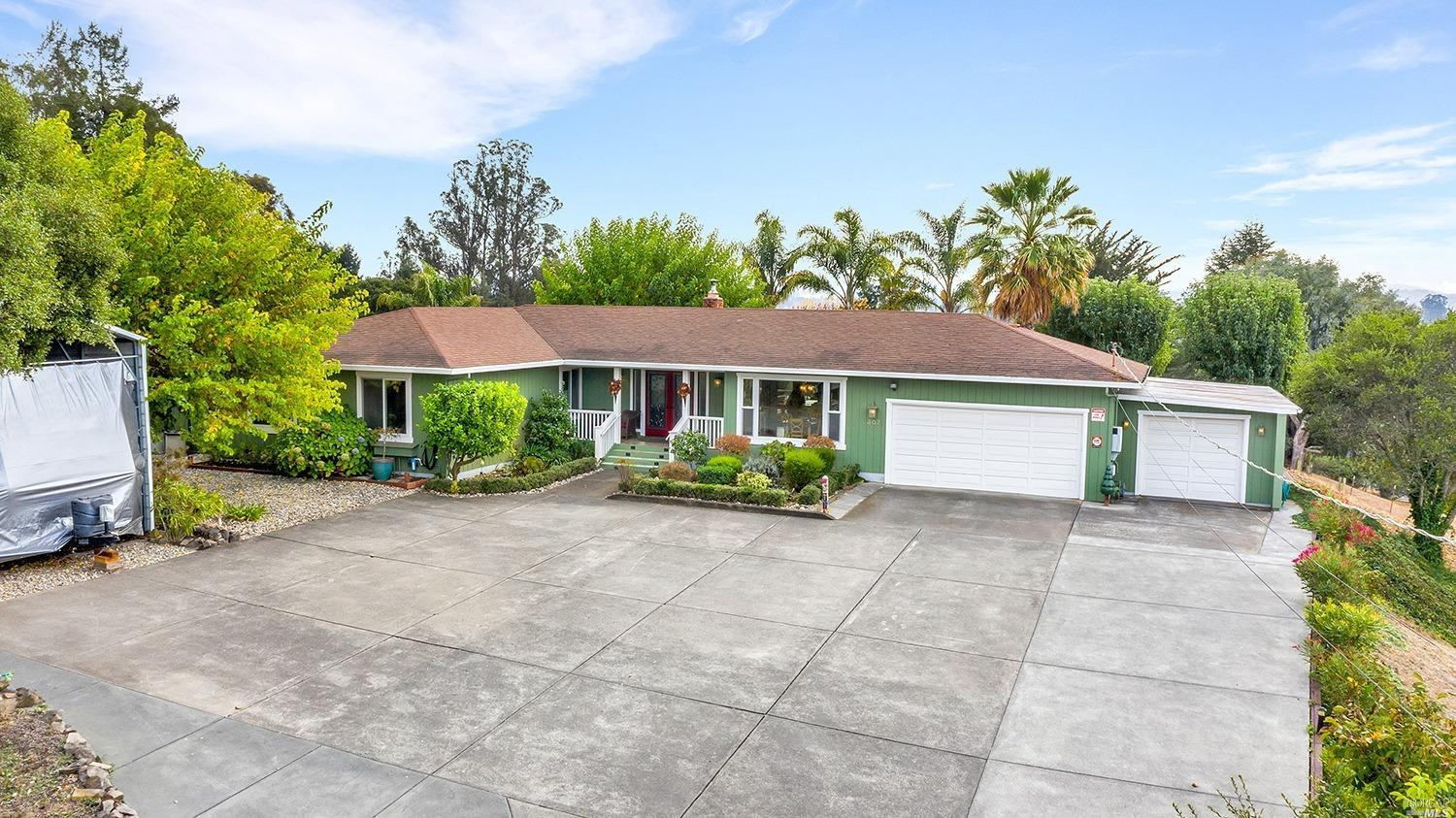 307 Orchard Lane, Penngrove, CA