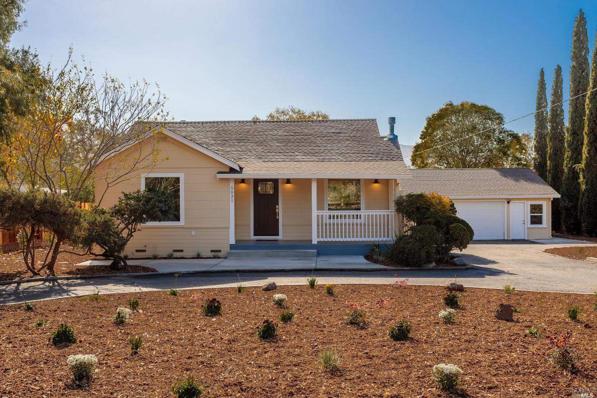 Photo of 5031 Coombsville Road, Napa, CA 94558