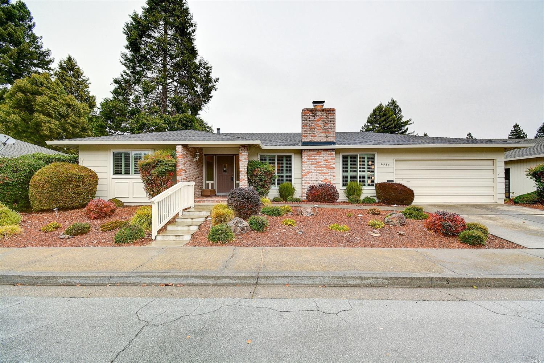 6559 Meadowridge Dr, Santa Rosa, CA, 95409