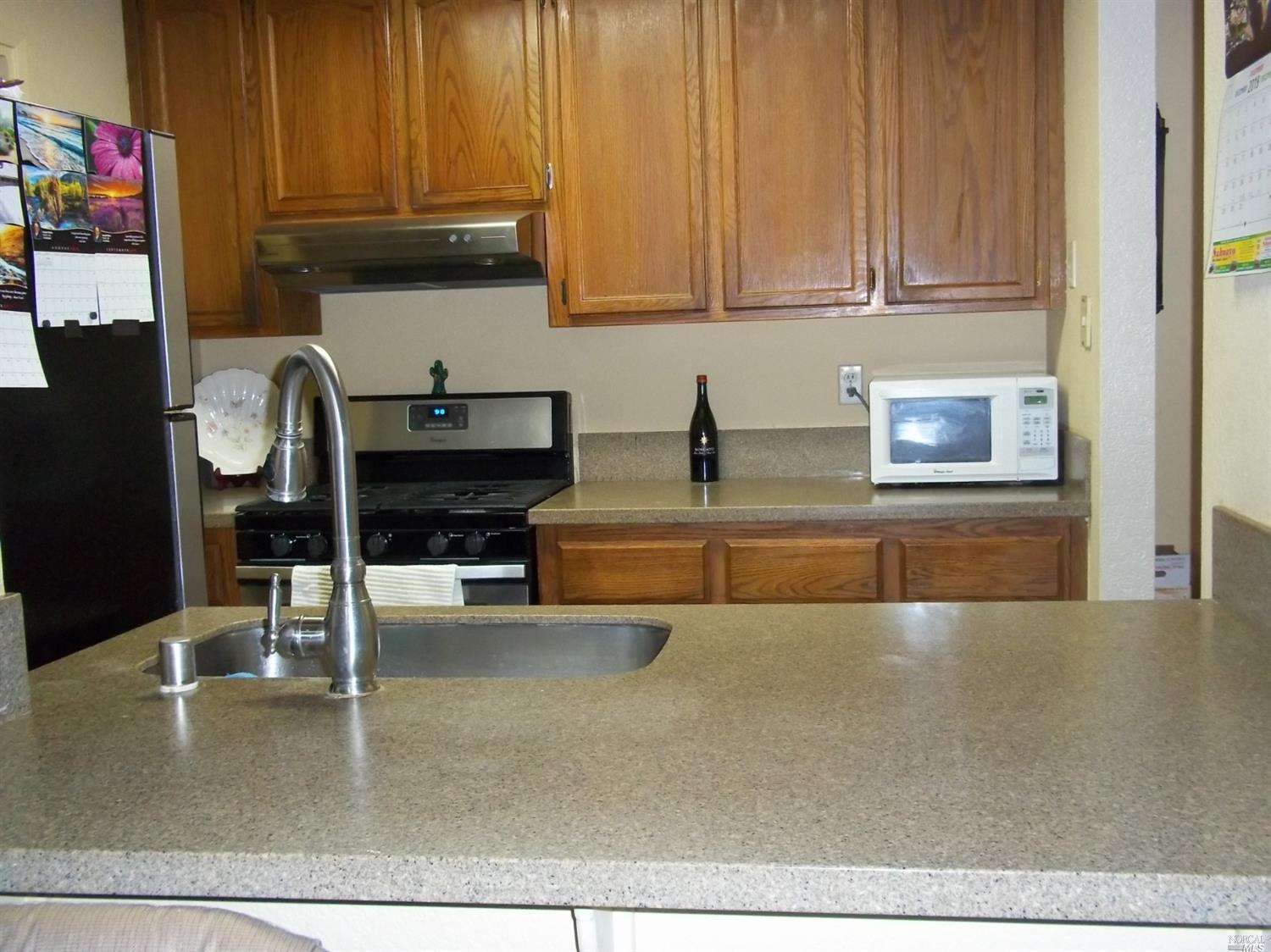 Fantastic condo in Move in condition! 3 bedrooms and 2 full baths all on a single level. you don't f