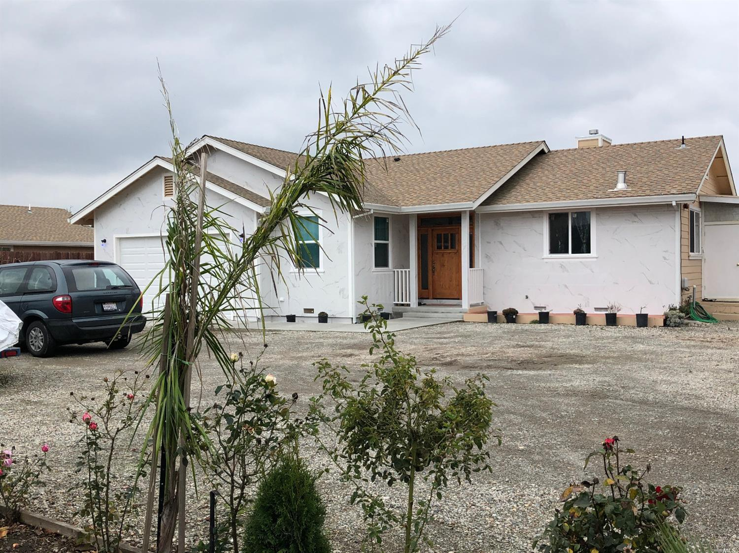 4 Bedroom 2 Bath home near SSU.  Available 1-1-20  This home features: A Combination family room and