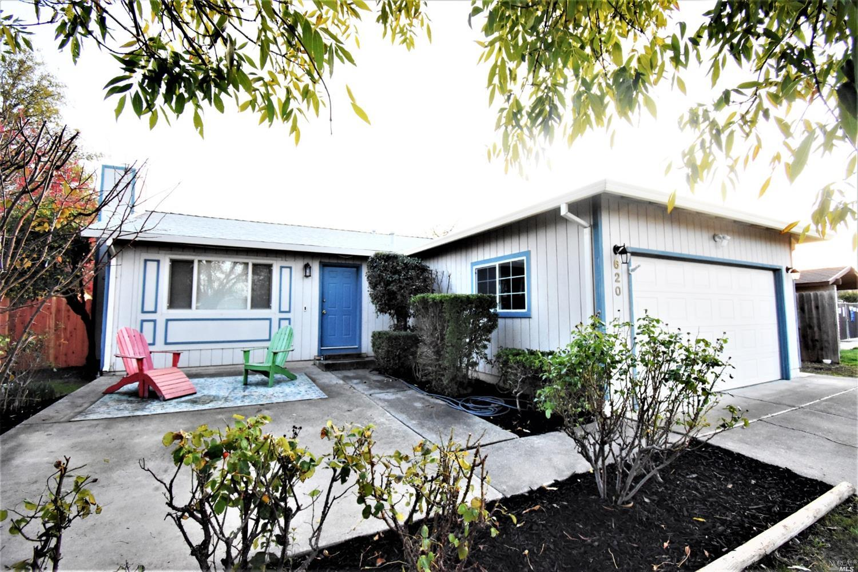 Photo of 620 North 2nd Street, Dixon, CA 95620