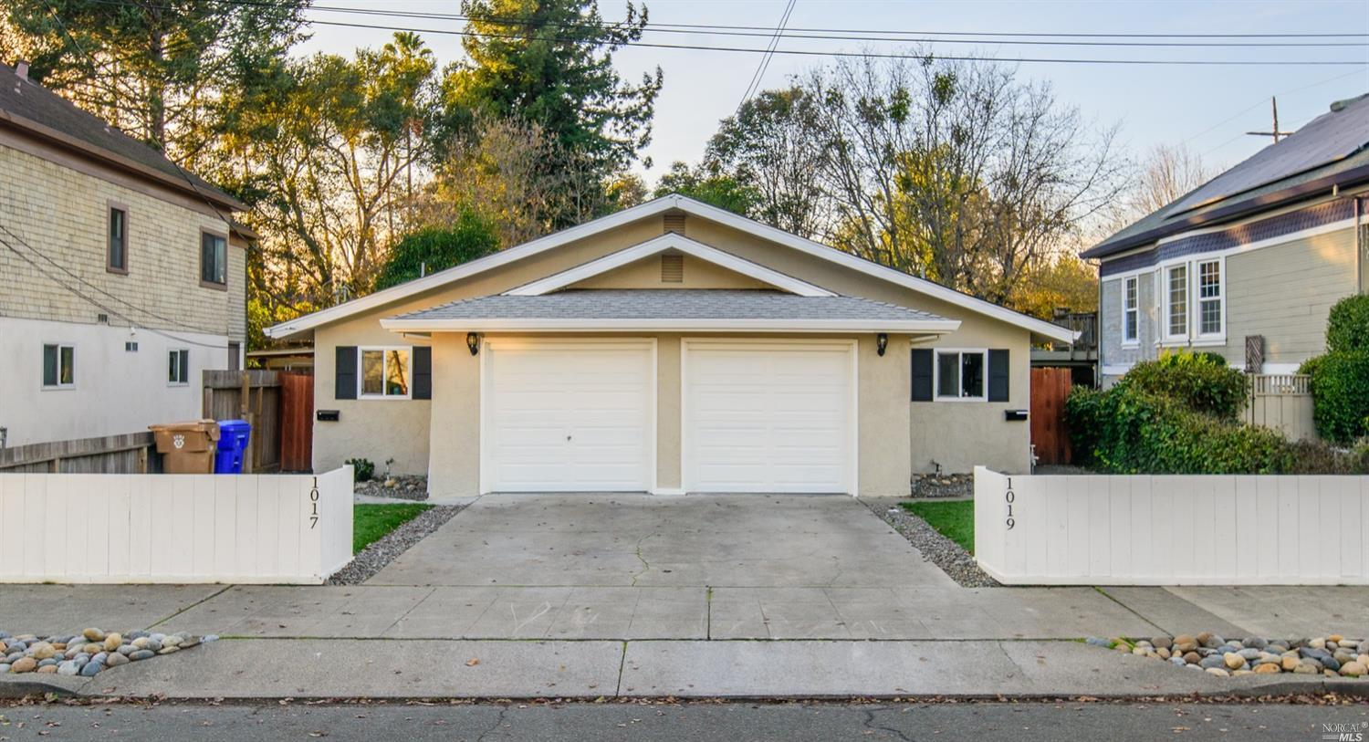 Downtown Napa Remodeled Duplex. Located adjacent to the Oxbow Public Market, you will fall in love w