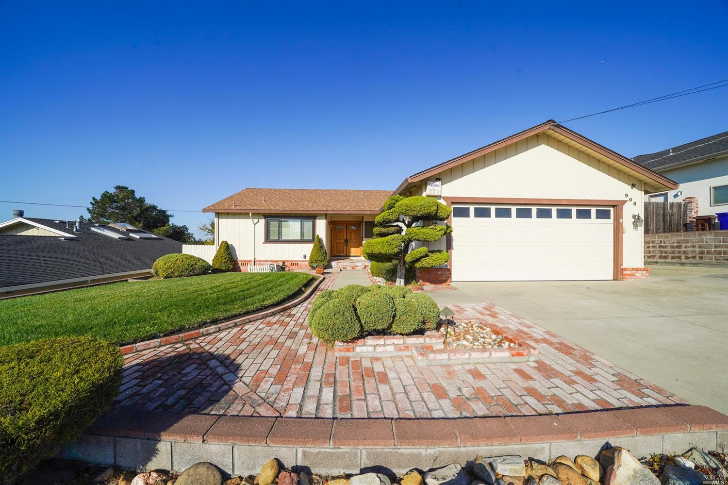 Photo of 906 Elm Drive, Rodeo, CA 94572