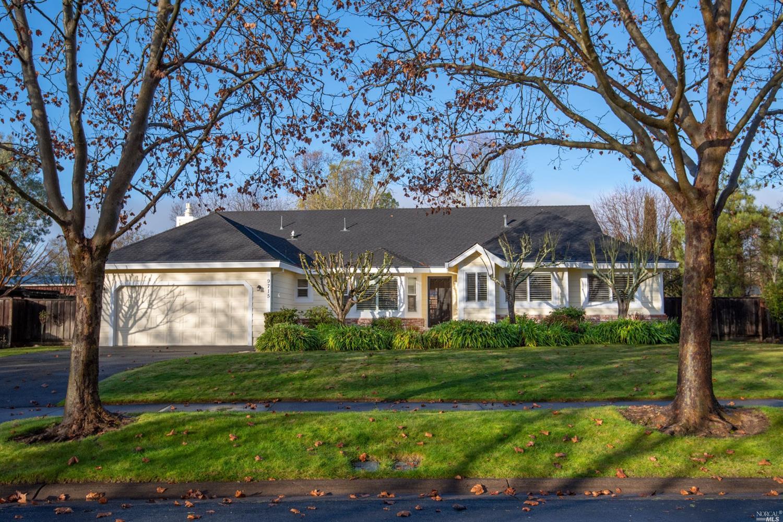 9715 Lakewood Dr, Windsor, CA, 95492
