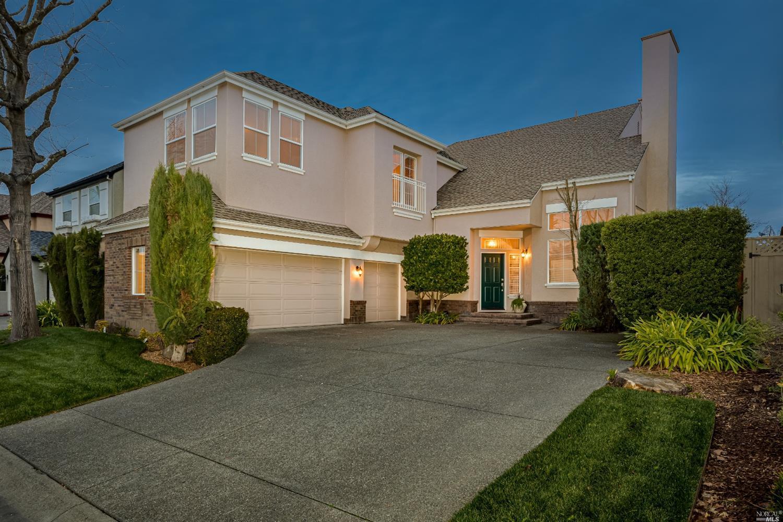 2147 Falcon Ridge Drive, Petaluma, CA