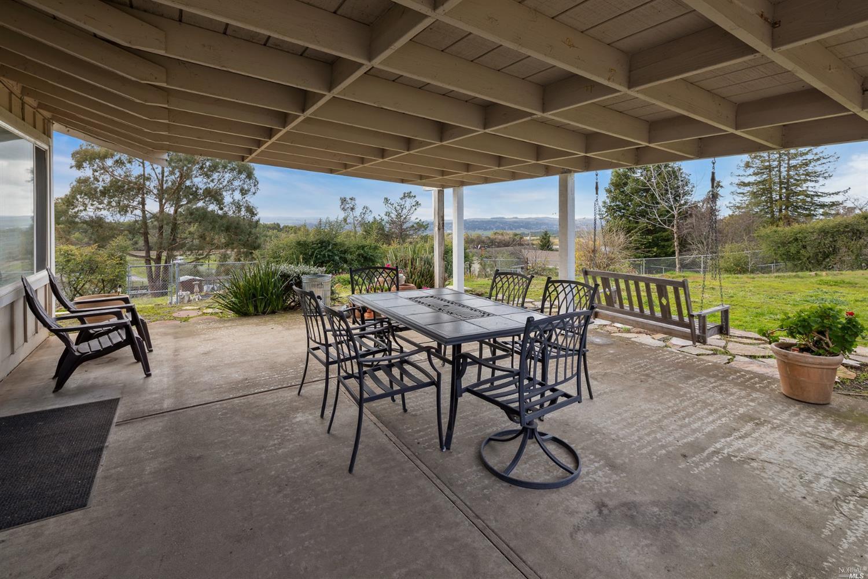 4670 Acacia Wy, Penngrove, CA, 94951