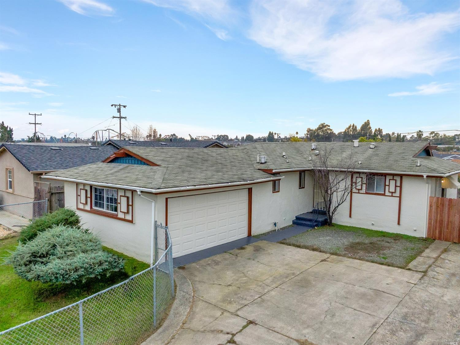 Ready for new owners, this 3 bed, 2 bath home has been freshly updated with new flooring and windows