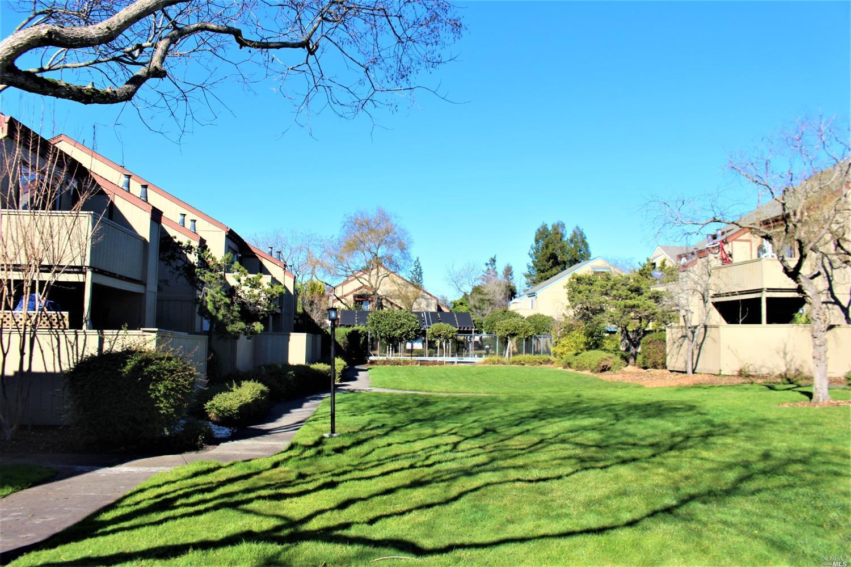 7707 Camino Colegio Dr, Rohnert Park, CA, 94928
